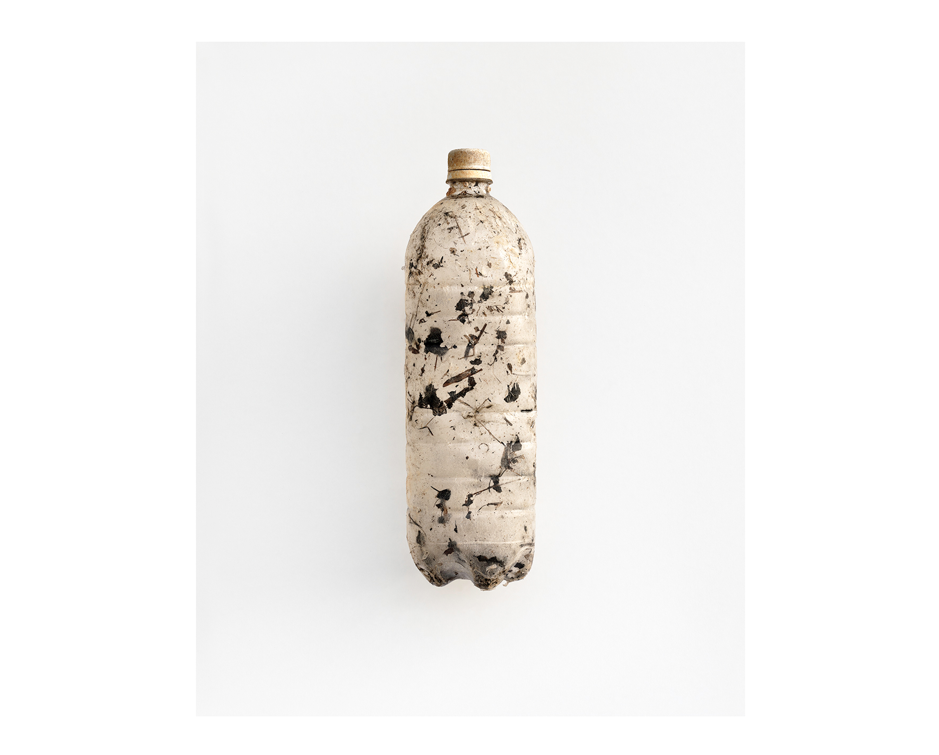 plastic sea pollution message in a bottle